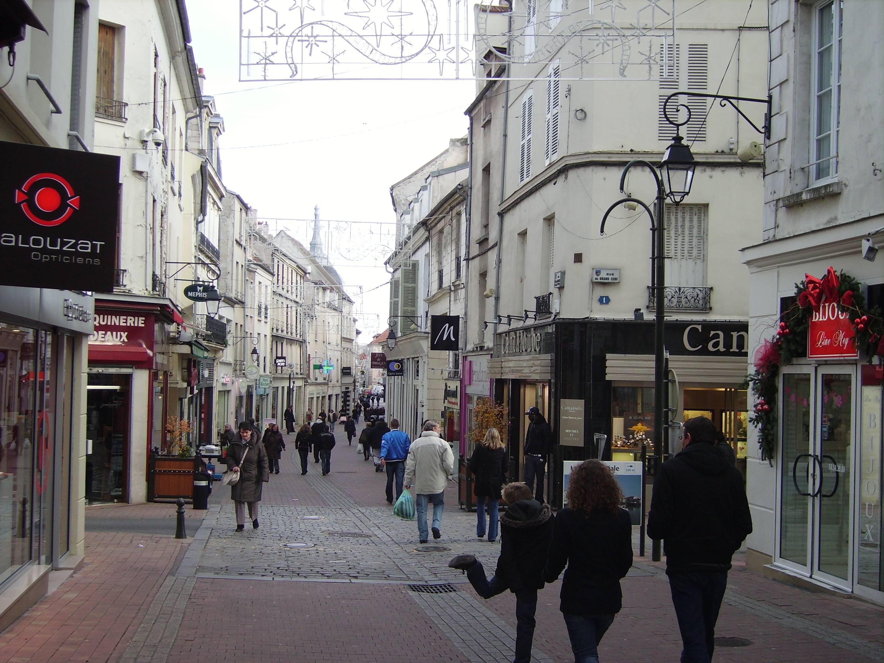 Signalisation des commerces du centre ville c est pour for Garage rue de meaux vaujours